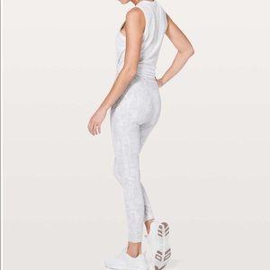 """lululemon athletica Pants - lululemon Speed Up Tight *Full On Luxtreme 28"""""""